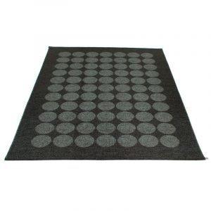 Pappelina Hugo Matto Black Metallic / Black 180x260 Cm