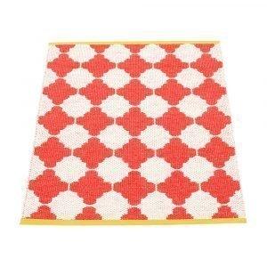 Pappelina Marre Matto Coral Red / Vanilla / Mustard 70x90 Cm